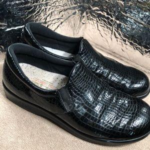 SAS BIVA Loafer Croc Print Patent Leather sz 9.5M